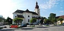 GuentherZ 2011-05-14 0014 Ravelsbach Kirche.jpg