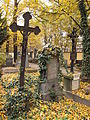 Hřbitov Malvazinky (040).jpg