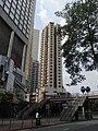 HK Causeway Bay 禮頓道 Leighton Road Olympia rainbow footbridge 樂聲中心 Lok Sing Centre Aug-2010.JPG