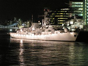 HMS Westminster (F237) i London 2005
