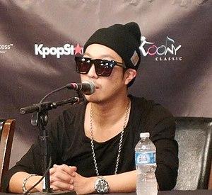 Haha (entertainer) - Haha at press conference,  Running Man Brothers' US Tour (Dallas, December 14, 2014)