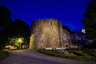 Haapsalu Castle - Haapsalu Castle at night