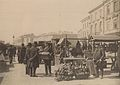 Handel na placu Żelaznej Bramy w Warszawie ok. 1892.jpg