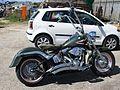 Harley Davidson high handlebars (16265029373).jpg