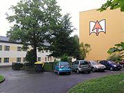 Haus Westberg mit Turnhalle