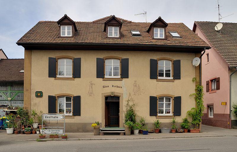 File:Hausen im Wiesental - Altes Rathaus.jpg