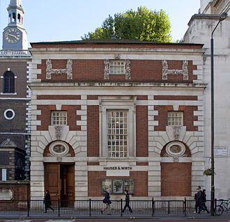 Hauser & Wirth - The Midland Bank building by Sir Edwin Lutyens at 196A Piccadilly, built 1922–1923, photographed in 2010