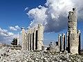Hellenistik temple in Uzuncaburç, Turkey.jpg