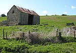 File:Hillside barn near Dryslade Farm - geograph.org.uk - 765531.jpg