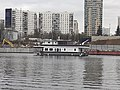 Houseboat in Moscow 03.jpg