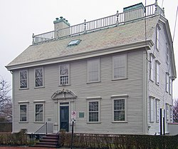 Hunter House, Newport, RI edit1.jpg