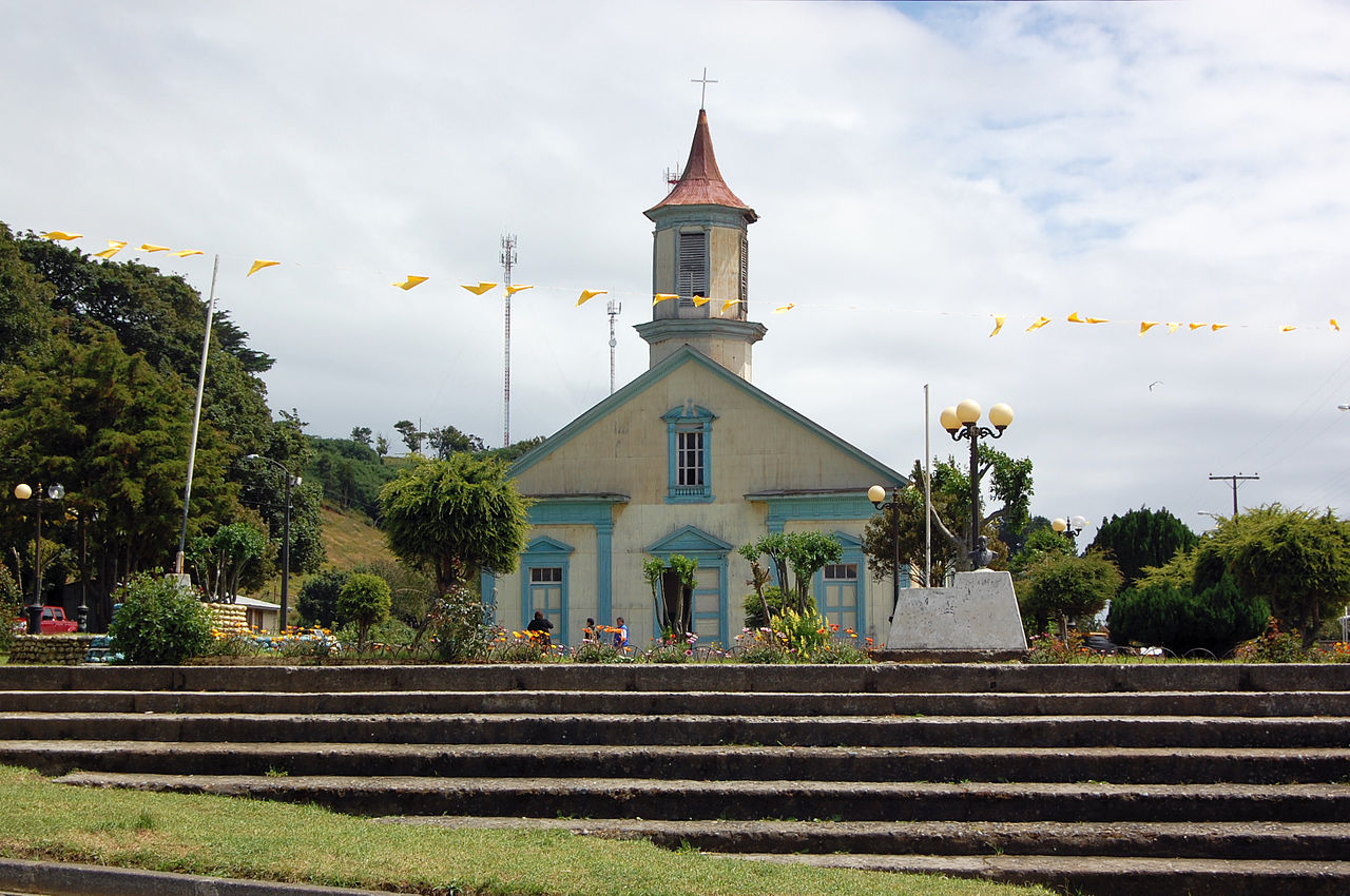 Iglesia Carelmapu.jpg