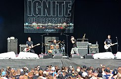 Ignite – Reload Festival 2015 02.jpg