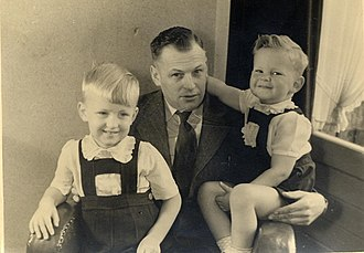 British diaspora in Africa - Family soon after arrival from Europe in 1950