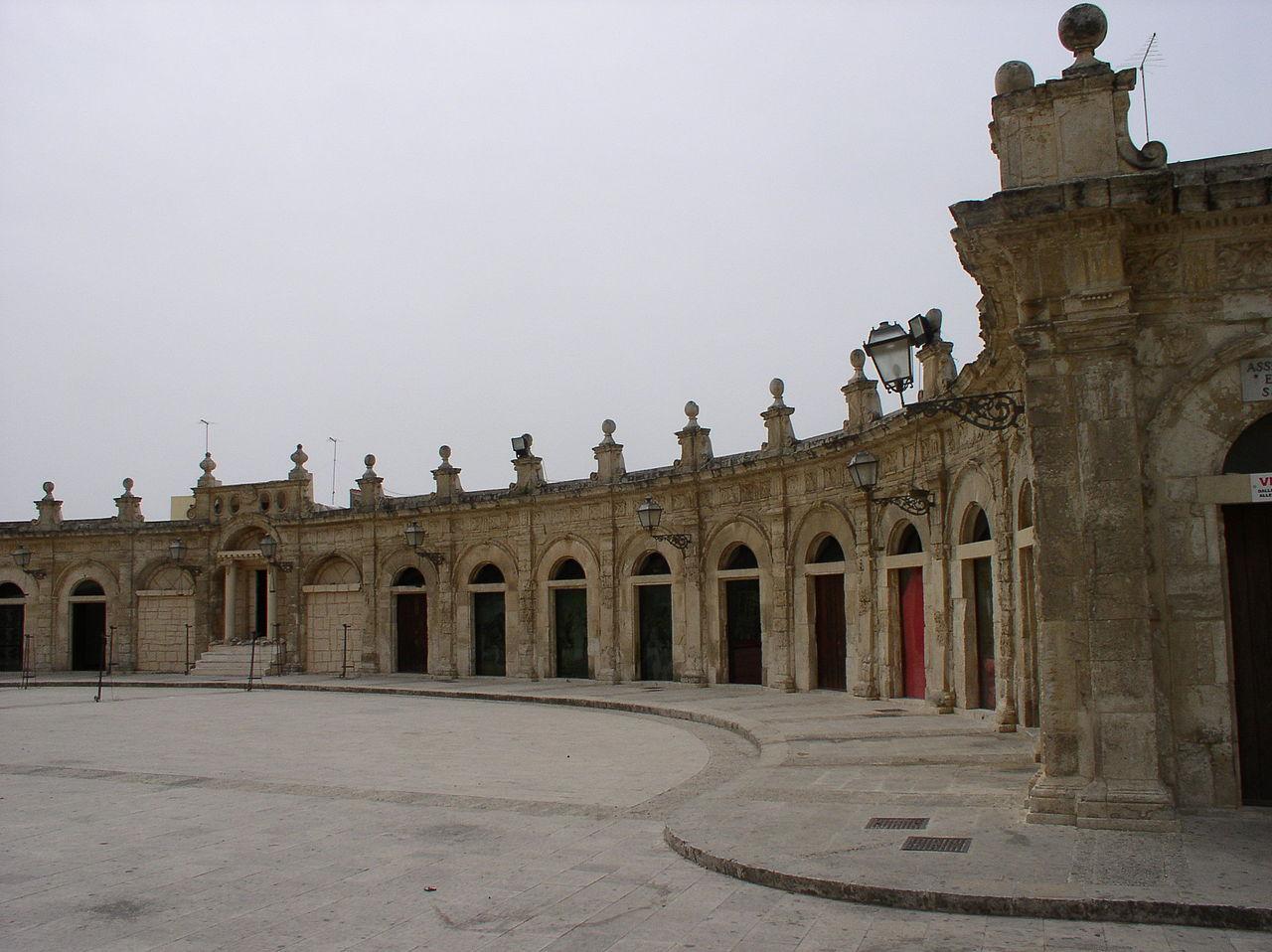 Ispica Loggia Santa Maria.JPG