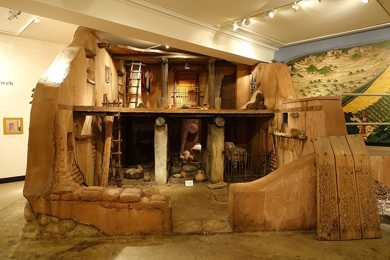 File Israelite House Mockup Iron Age 1200 586 Bc