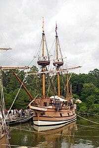 JamestownShips.jpg