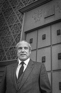Jean Kahn par Claude Truong-Ngoc octobre 1980.jpg