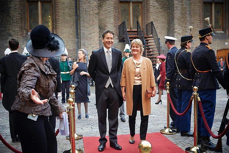 File:Jeroen Dijsselbloem op Prinsjesdag 2014.jpg