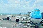 KLM Boeing 747-400 PH-BFH (19790085314).jpg