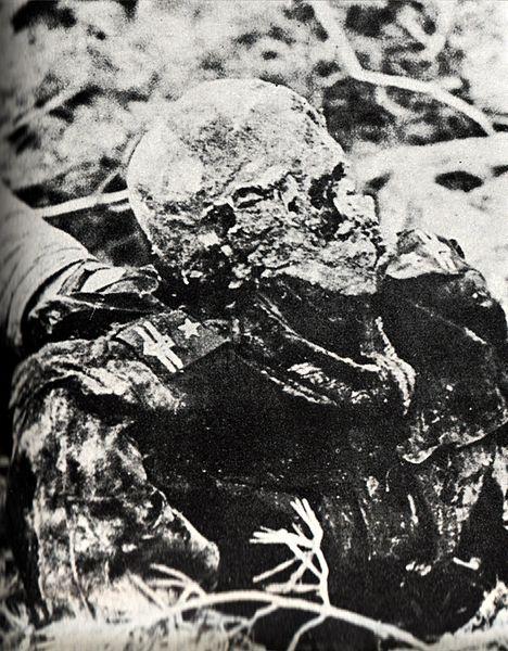 Fájl:Katyn massacre 2.jpg