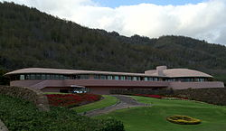 King Kamehameha Golf Course Clubhouse from the S.jpg