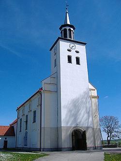 Kościół pw. Św. Wawrzyńca w Luzinie.jpg