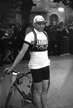 Léon Le Calvez - Image: Léon Le Calvez Grand Prix Wolber 1931