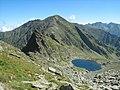 Lacul Caltun si Vf Laitel (2390m) - panoramio.jpg