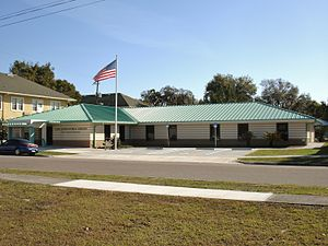 Lake Alfred, Florida - Image: Lake Alfred library
