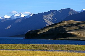 Geography of Jammu and Kashmir - Lake Tso Moriri in Ladakh.