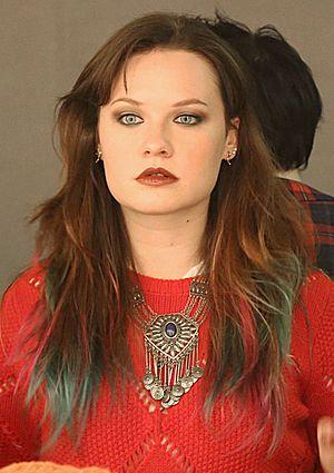 Lolo (singer) - Image: Lauren Pritchard (singer) (1) cropped