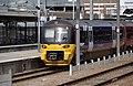 Leeds railway station MMB 29 333015.jpg