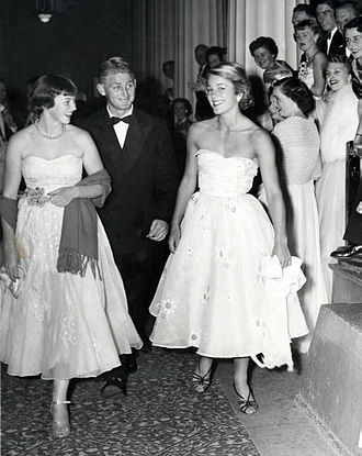 Lew Hoad - Lew Hoad and Jennifer Staley (right) at the Davis Cup Ball on 30 December 1953