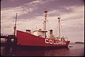 Lightship Columbia at the Mouth of the Columbia River 05-1973 (4272358290).jpg