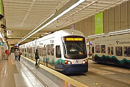 Link trains at University St station in 2010.jpg