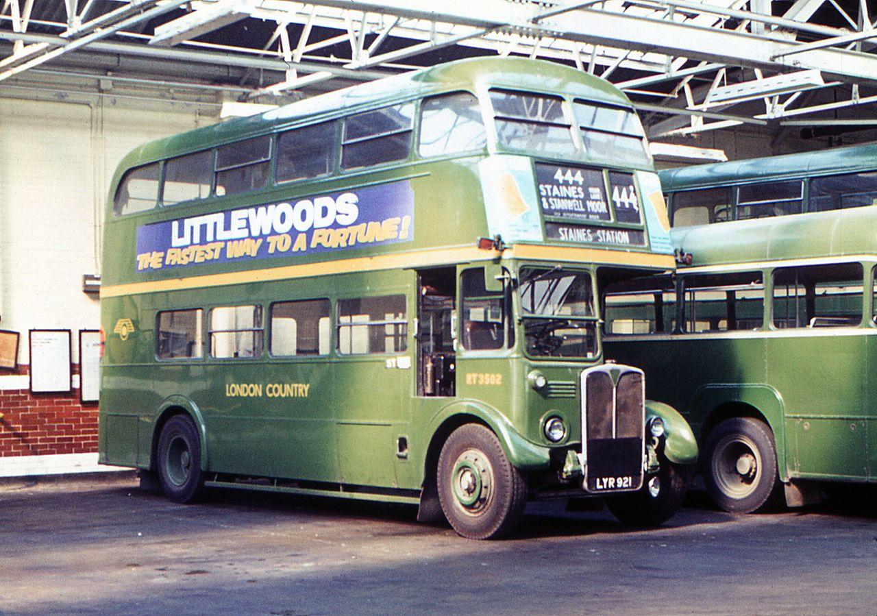 File:London Country bus RT3502 (LYR 921), 1972 (2) jpg