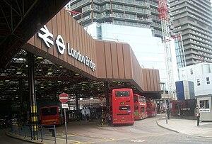 London Bridge bus station - Image: Londonbridgebusstati on 303