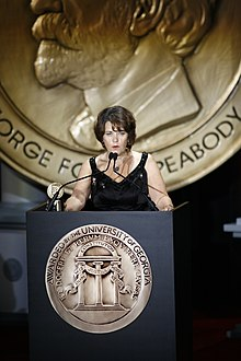 Lorraine Heggessey accepts the Peabody Award, June 2007 (3).jpg