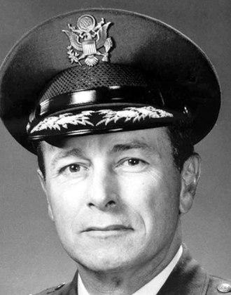 Louis L. Wilson Jr. - Gen. Louis L. Wilson, Jr.