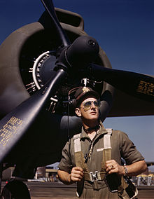 Aircraft pilot - Wikipedia