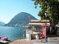 Lugano Quai mit Sicht auf San Salvatore - panoramio.jpg