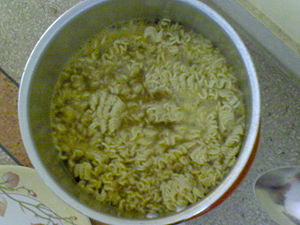 Instant noodle - Brazilian instant noodles of the Maggi brand, being cooked