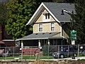 Main Street Residence - panoramio - Corey Coyle.jpg
