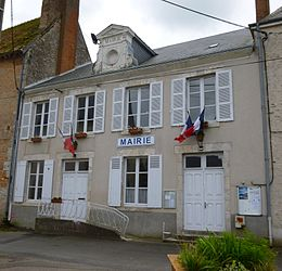 The town hall in Marchenoir