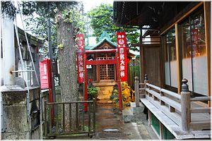 Maruyama Shrine - Image: Maruyama Shrine 2