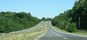 English: Shot of Maryland State Route 2/4, hea...
