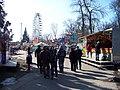 Matějská pouť, pohled k ruskému kolu.jpg