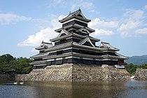 Matsumoto Castle05s5s4592.jpg