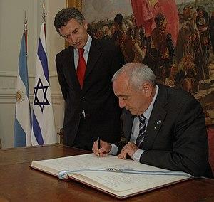 Mauricio Macri - Yitzhak Aharonovitch2010